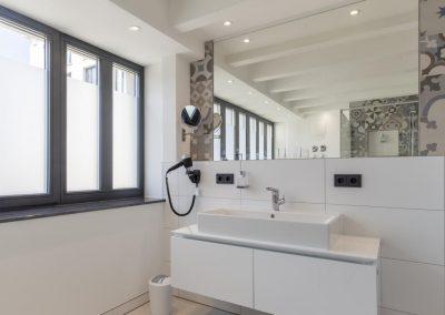 Ferienwohnung mit modernem Badezimmer